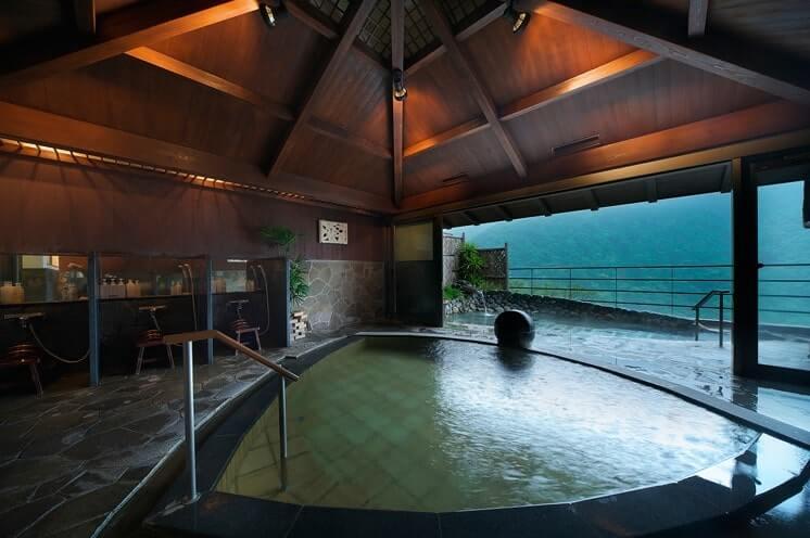 大浴場の露天風呂『月音』-min