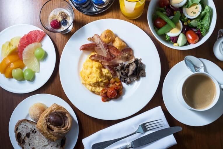 グランドハイアットラウンジ朝食