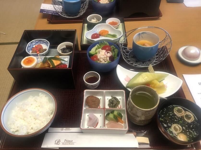 花香路 桜彩 朝食