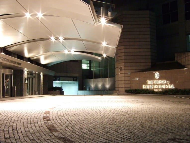 ストリングスホテル東京外観