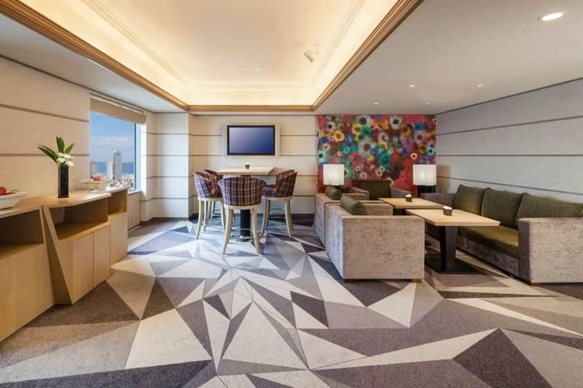 スイスホテル南海ラウンジ内装
